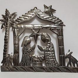 Kerststal ijzeren wanddecoratie 30 cm breed, 27cm hoog