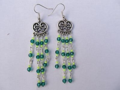 Geel-groene oorbellen