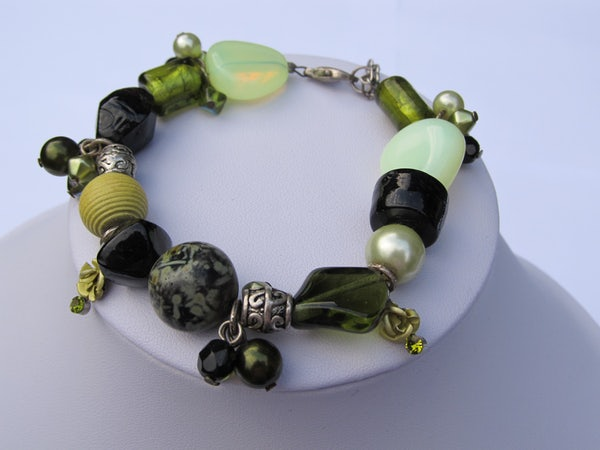 Armband A Shade of Green