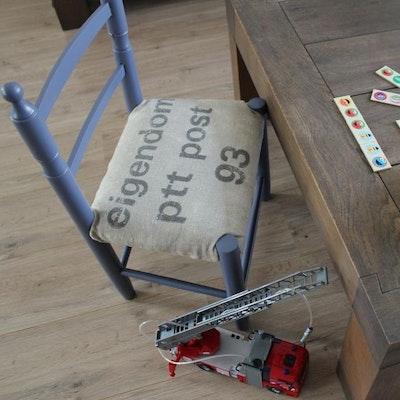 Postzak stoeltje