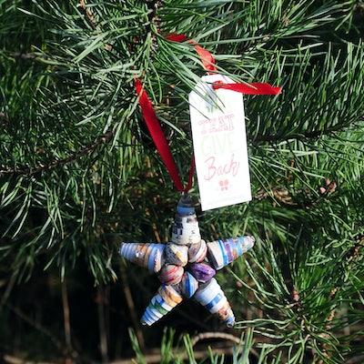 Kerstster 7 cm van gerecyclede cornflakes doos