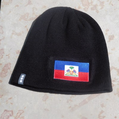 Zwarte muts (zonder omslag) - Beanie met vlag Haiti.