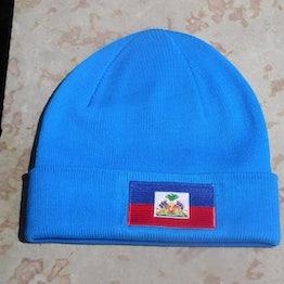 Aqua (blauwe) beanie met vlag Haiti op omslag