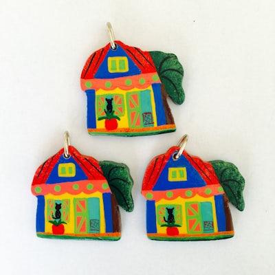 Kersthangers van 3 Haitiaanse huisjes - KR.004 -